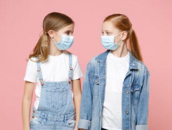 Distribution des masques pour enfants